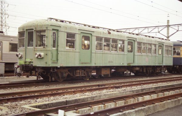 クハ3856