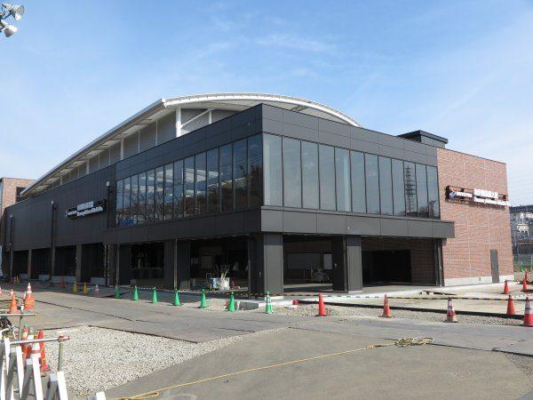 横浜羽沢国大駅駅舎