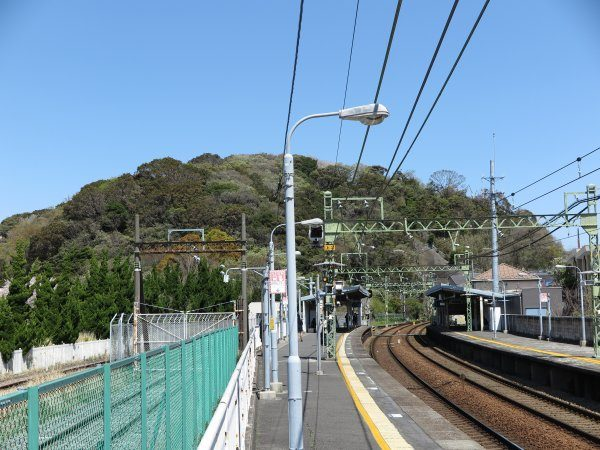 神武寺駅近影